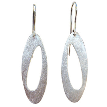 Moderne Ohrhänger , Silber eismatt