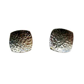 quadratische Ohrstecker, Silber, gehämmert