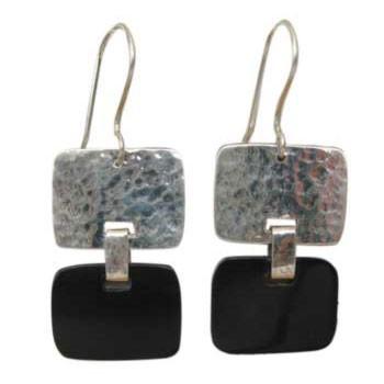 Ohrhänger, Silber gehämmert, Horn schwarz ca. 33 x 18 mm