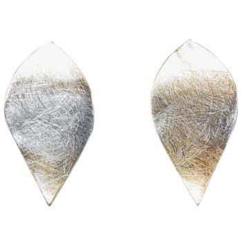 Ohrstecker, icematt, in der Form eines Blütenblattes. 925er Silber