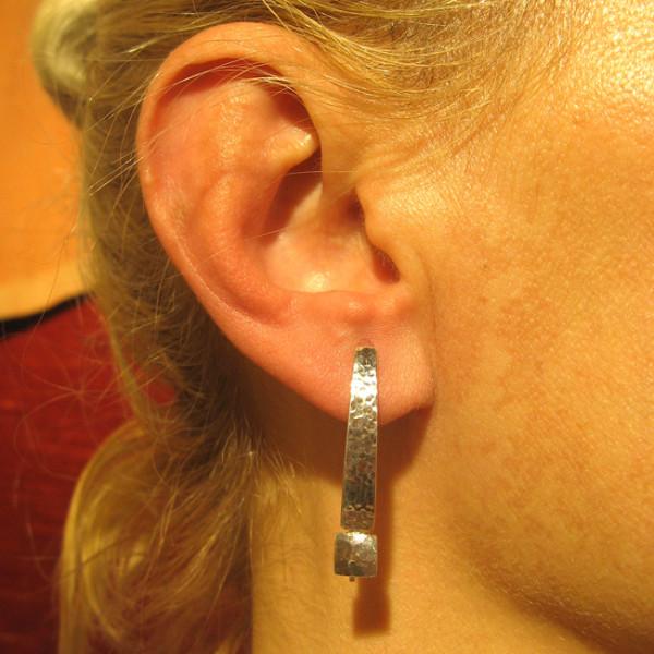 Ohrhänger, Silber, gehämmert